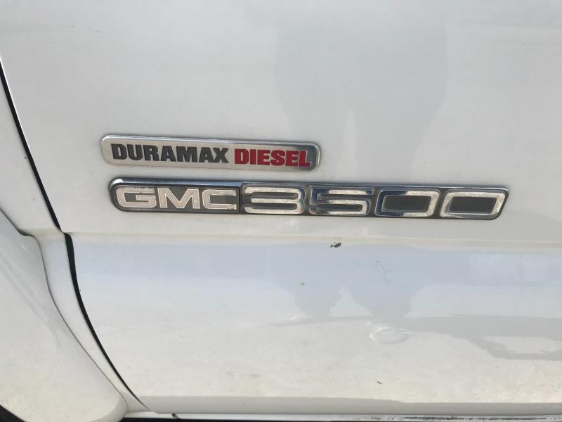 GMC Sierra 3500 2004 price $17,995