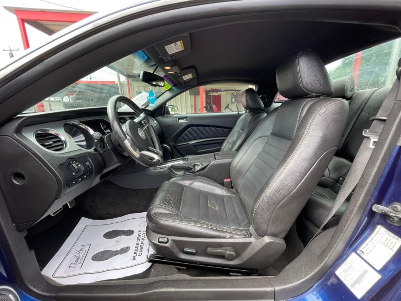 Ford Mustang 2011 price $11,995