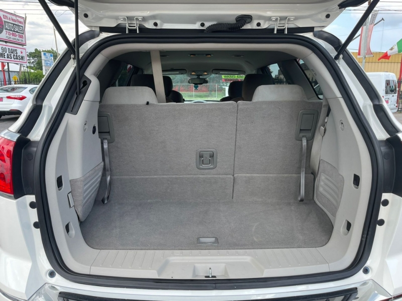 Buick Enclave 2015 price $11,995