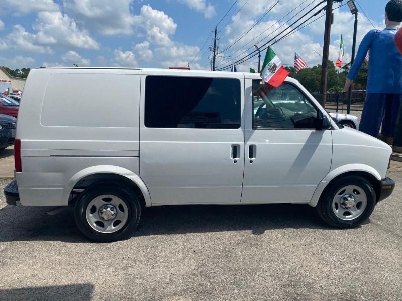Chevrolet Astro Cargo Van 2003 price $9,995