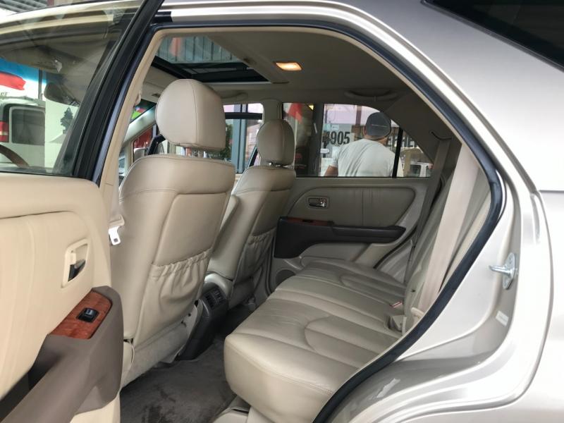 Lexus RX 300 2002 price $7,995