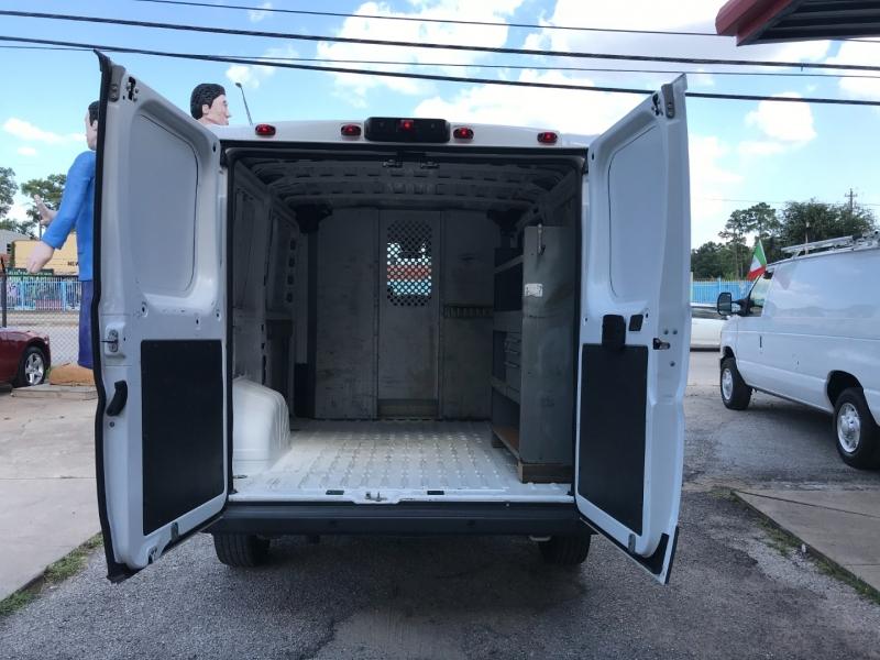 RAM ProMaster Cargo Van 2015 price $18,995