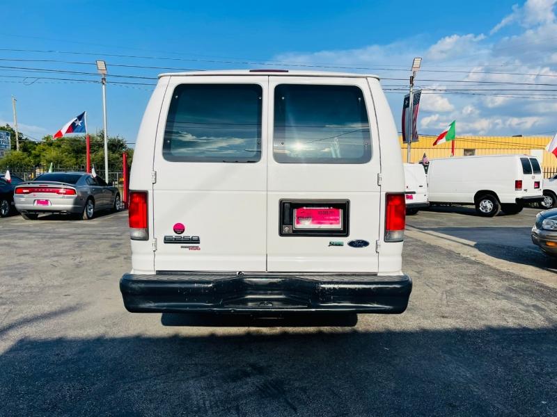 Ford Econoline Cargo Van 2013 price $15,995