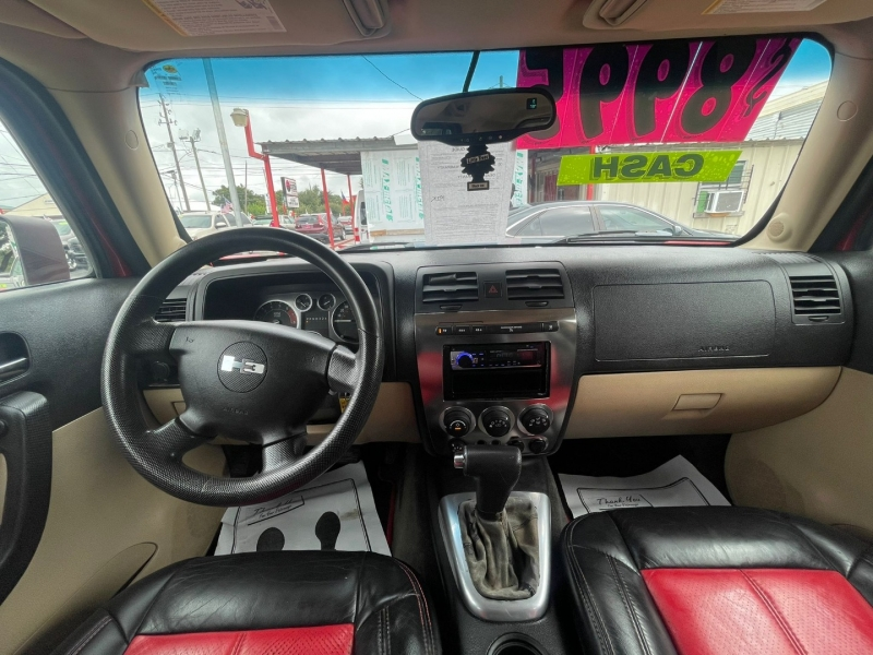 Hummer H3 2006 price $8,995