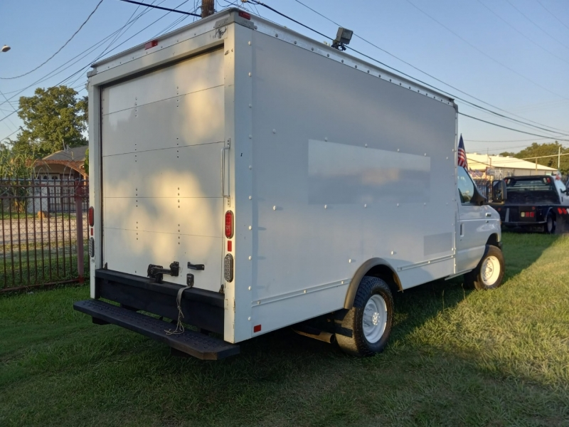 Ford Econoline Commercial Cutaway 2014 price $19,995