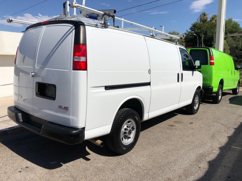 GMC Savana Cargo Van 2017 price $15,500