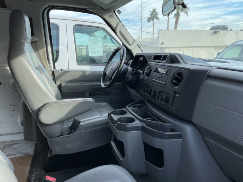 Ford Econoline Cargo Van 2014 price $13,500