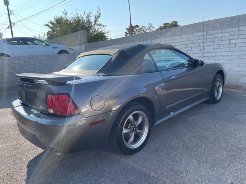 Ford Mustang 2003 price $8,500