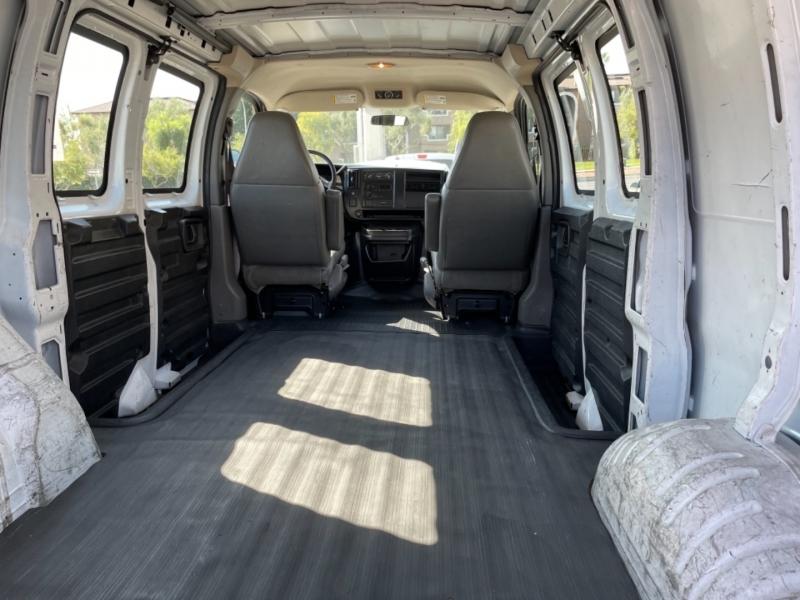 Chevrolet Express Cargo Van 2006 price $12,995