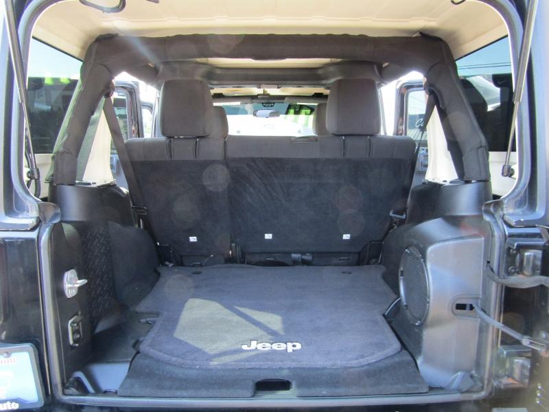 Jeep Wrangler Unlimited 2011 price $25,977