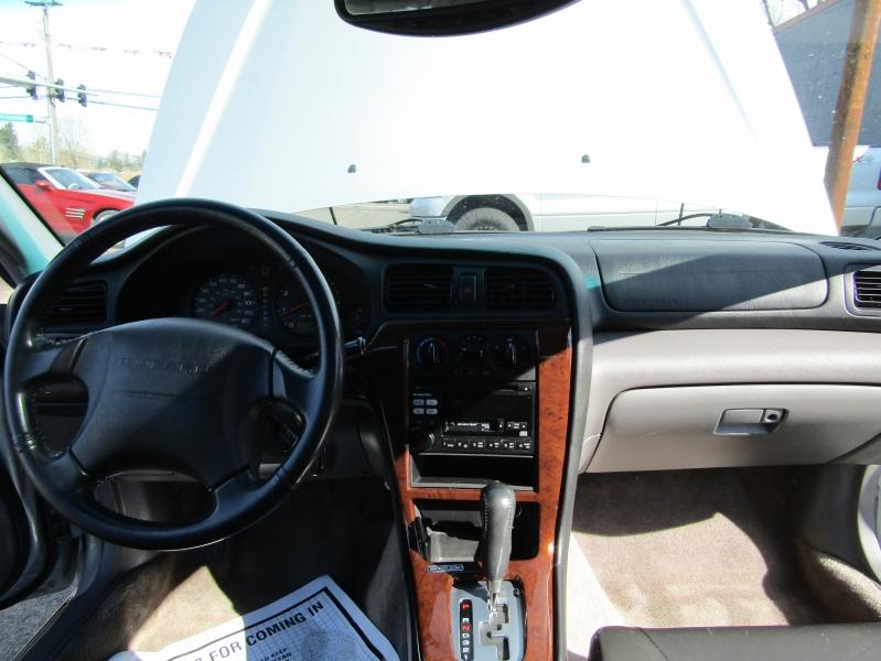 Subaru Legacy 2002 price $6,477