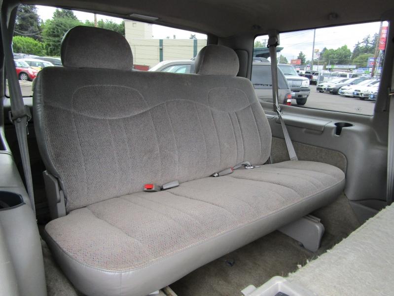 Chevrolet Astro 1999 price $7,477