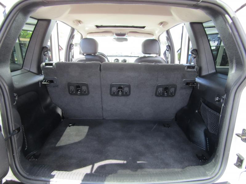 Jeep Liberty 2003 price $6,477