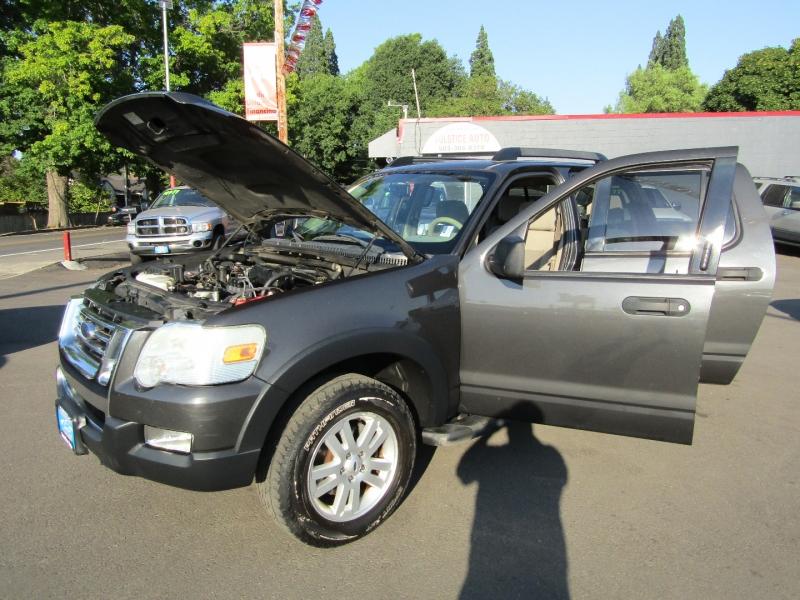 Ford Explorer Sport Trac 2007 price $8,477