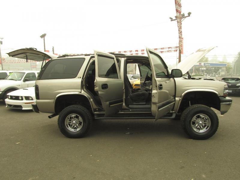 Chevrolet Tahoe 2002 price $9,977