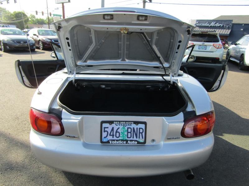 Mazda MX-5 Miata 1999 price $6,977