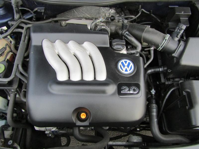 Volkswagen Golf 2003 price $4,977