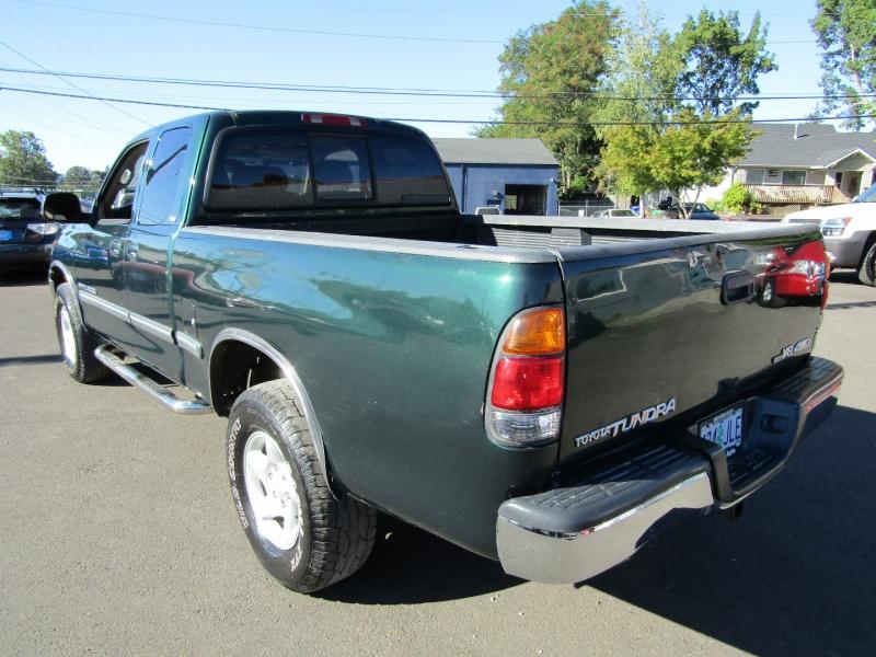 Toyota Tundra 2001 price $8,977