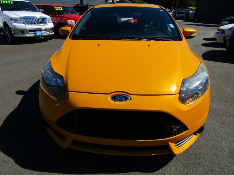 Ford Focus 2014 price $12,977
