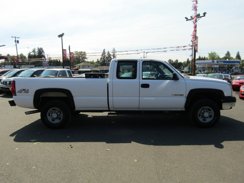 Chevrolet Silverado 2500HD 2006 price $8,977