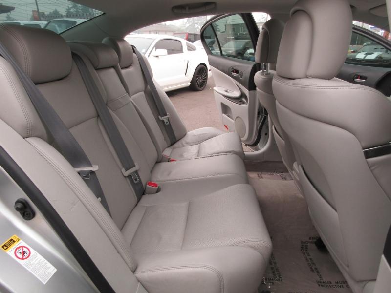 Lexus GS 350 2011 price $16,977