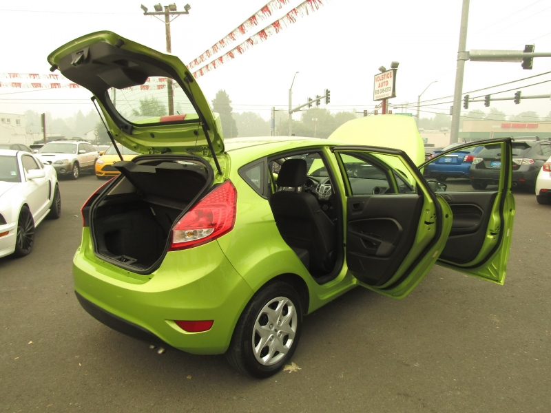 Ford Fiesta 2011 price $5,977