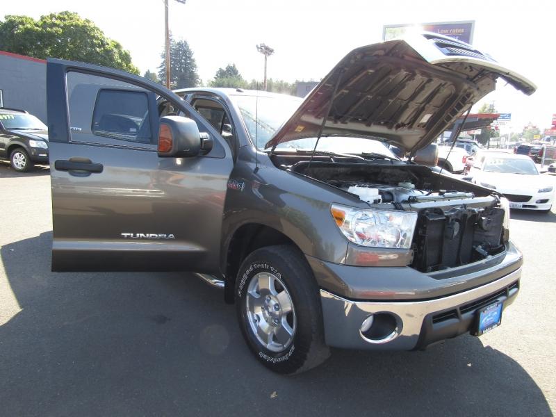 Toyota Tundra 2010 price $27,977