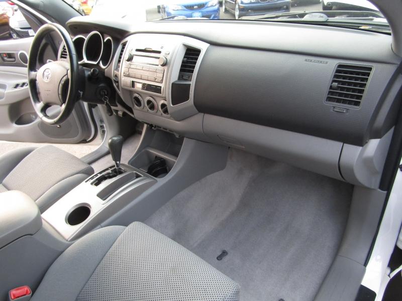 Toyota Tacoma 2009 price $21,977