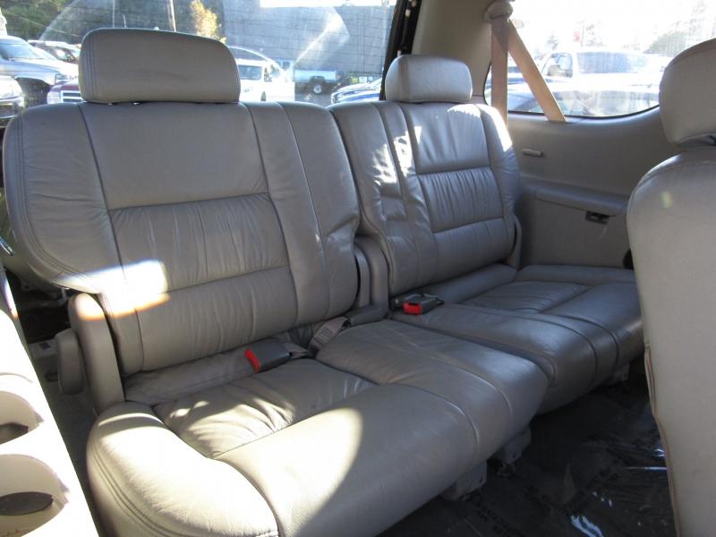 Toyota Sequoia 2001 price $5,977