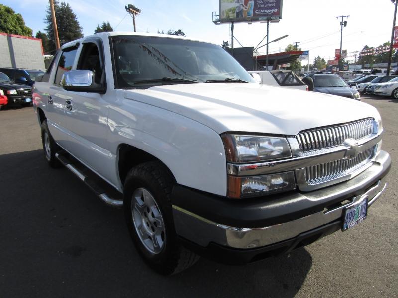 Chevrolet Avalanche 2004 price $0
