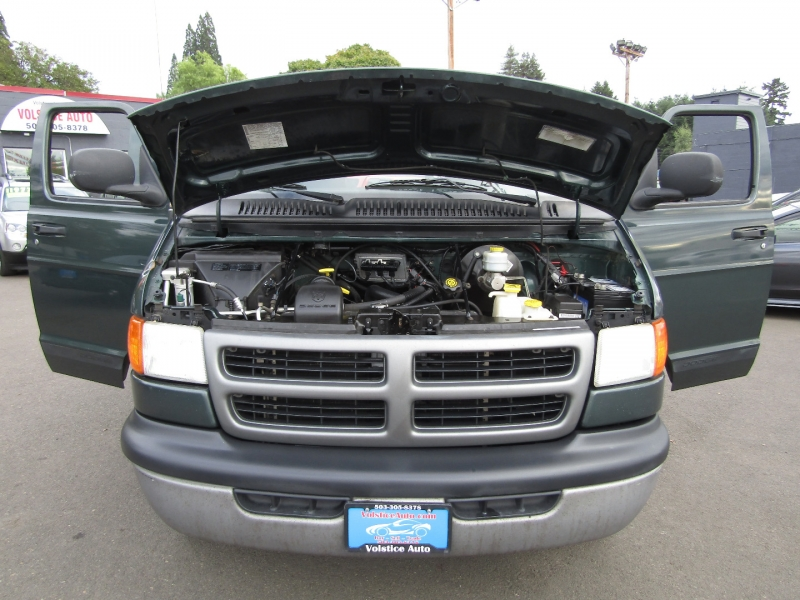 Dodge Ram Van 2003 price $7,977