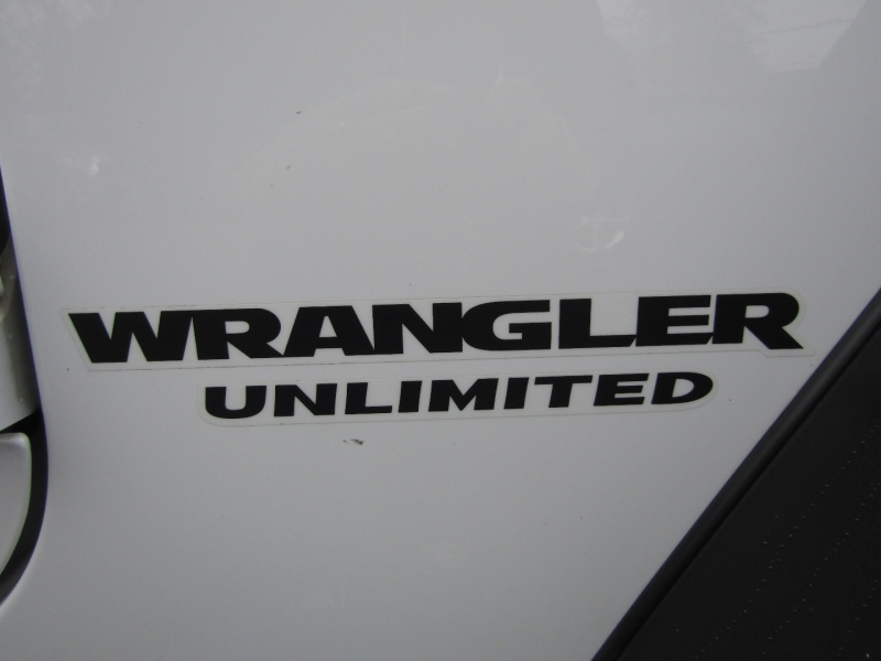 Jeep Wrangler Unlimited 2014 price $31,477