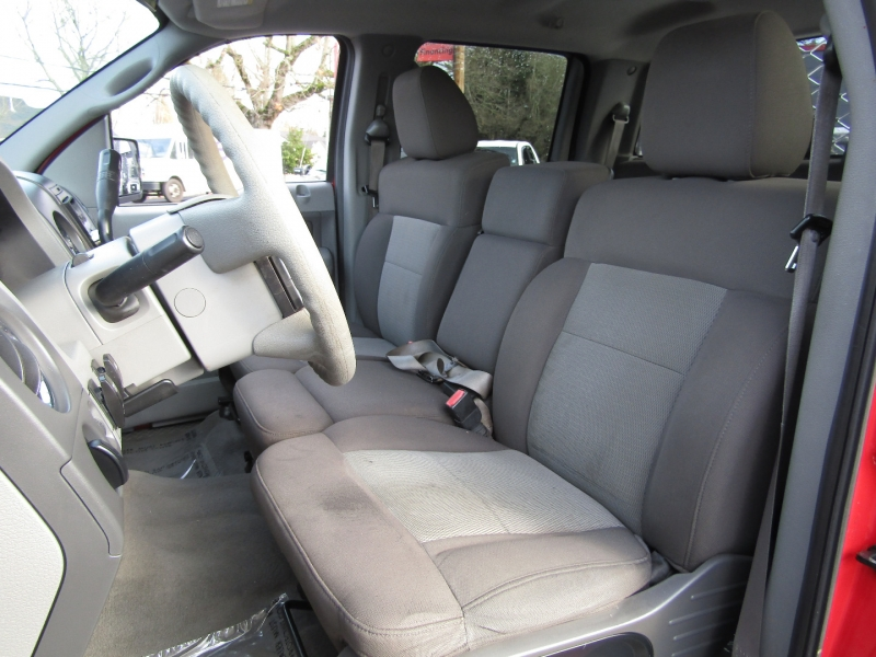 Ford F-150 2004 price $8,977