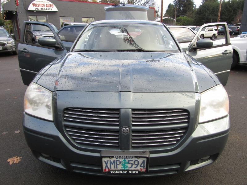 Dodge Magnum 2006 price $4,477