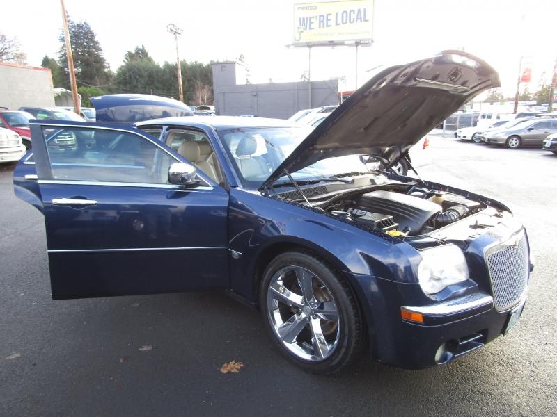 Chrysler 300-Series 2006 price $6,477