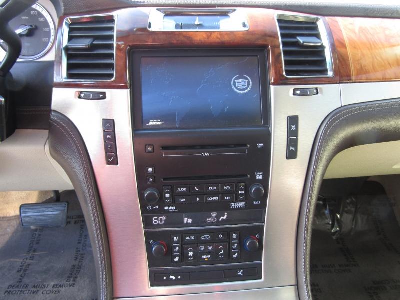 Cadillac Escalade 2010 price $15,977
