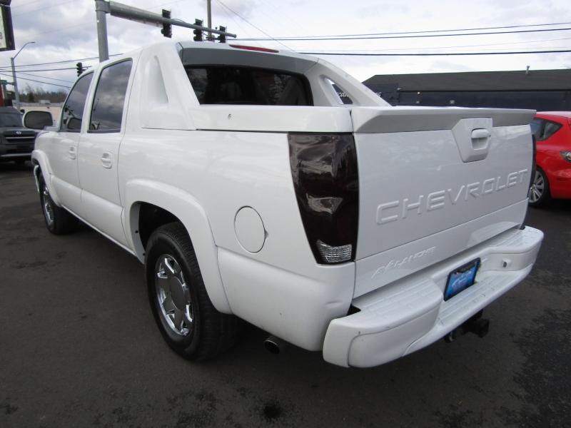 Chevrolet Avalanche 2005 price $10,977