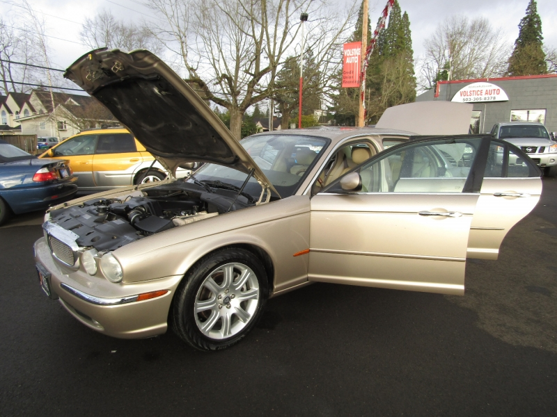 Jaguar XJ 2005 price $6,977