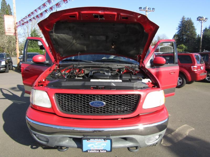 Ford F-150 SuperCrew 2001 price $8,977
