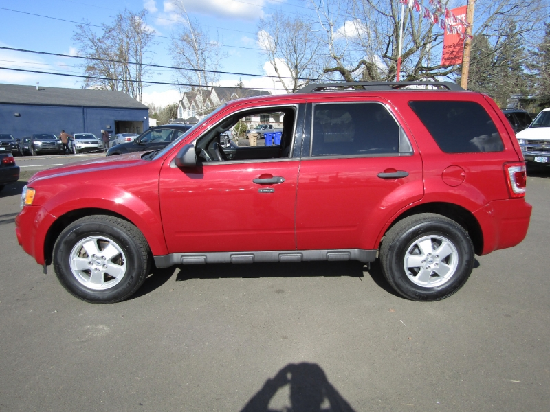 Ford Escape 2011 price $8,977