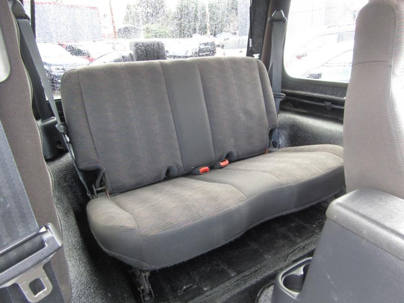 Jeep Wrangler 2004 price $13,977