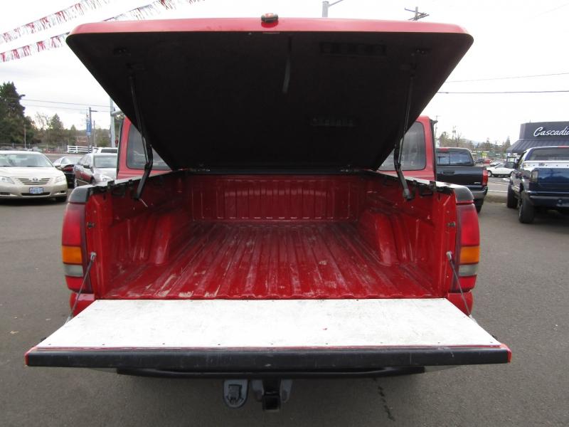 Chevrolet Silverado 1500 2002 price $10,977
