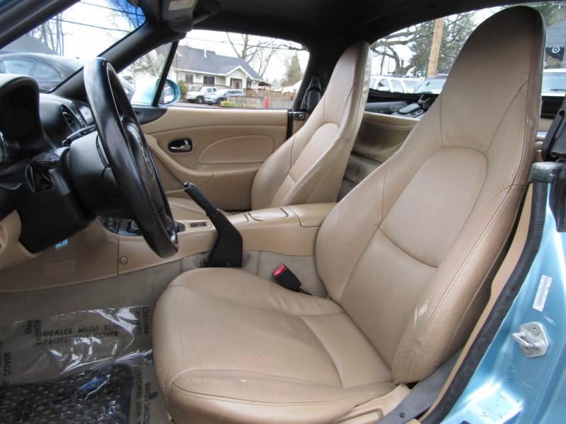 Mazda MX-5 Miata 2002 price $12,977