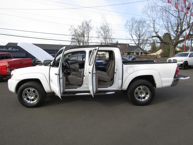 Toyota Tacoma 2005 price $17,977