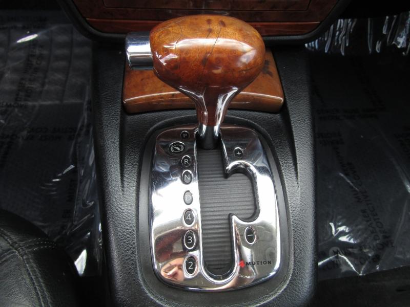 Volkswagen Passat 2002 price $2,977