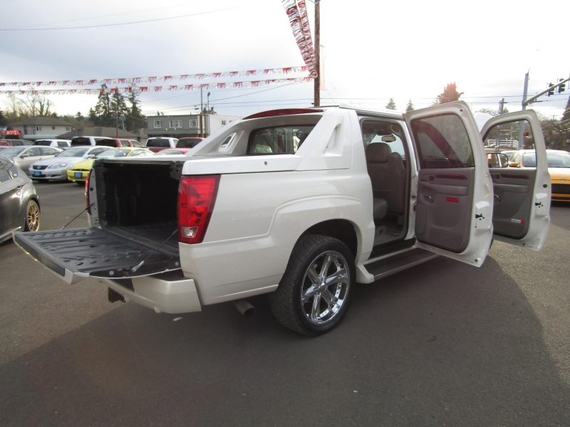 Cadillac Escalade EXT 2005 price $17,977