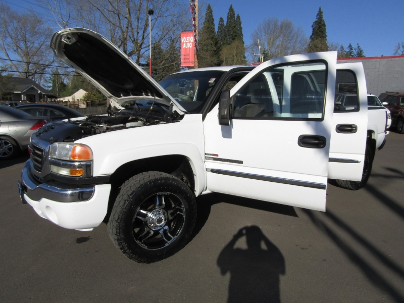 GMC Sierra 2500HD 2005 price $13,977