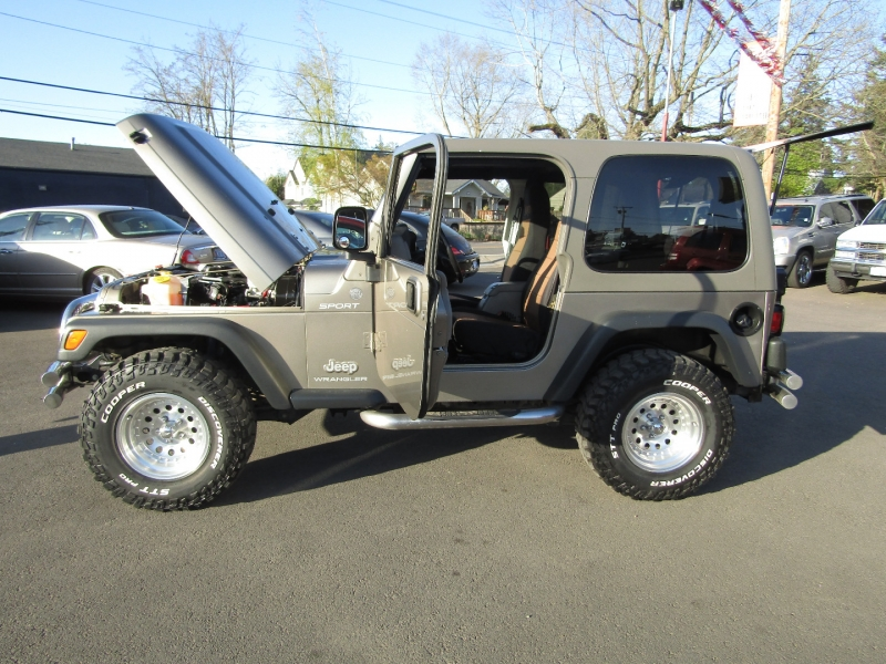 Jeep Wrangler 2004 price $11,977