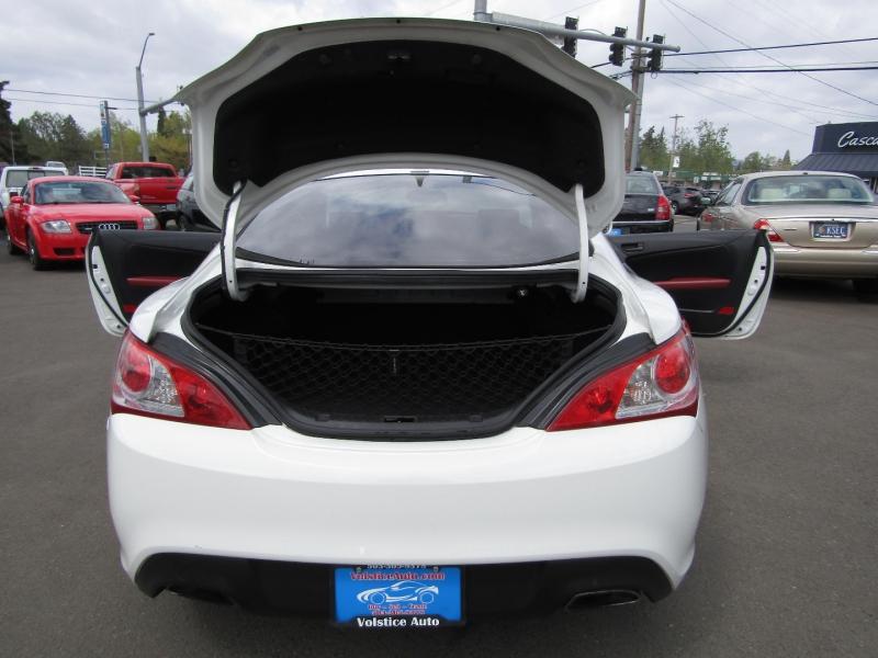 Hyundai Genesis Coupe 2012 price $12,977