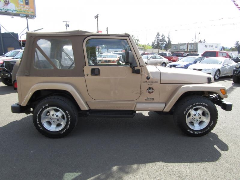 Jeep Wrangler 2000 price $16,977